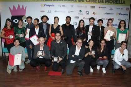 ¡Una película filmada con celulares ganó en el FICM! Un ejemplo real del cine hecho #ALaMexicana