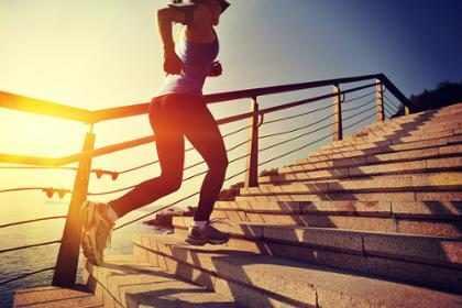 7 beneficios de ejercitarte en las mañanas
