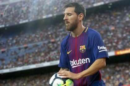 Con este gesto Messi demuestra que es un héroe dentro y fuera de la cancha