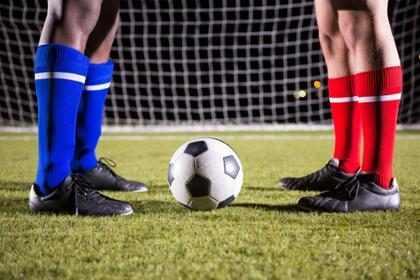 ¿Por qué no hay más futbolistas abiertamente gays?