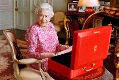Rainha Elizabeth II tem o reinado mais longo da Grã-Bretanha