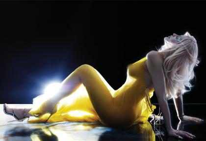 Kylie Jenner se desnuda y enseña sus increíbles curvas en un fashion film de V Magazine ¡Mírala!