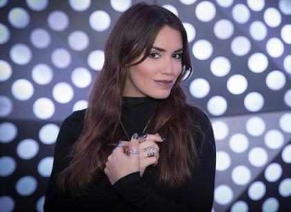 ¡Lali Espósito es la novia más estilosa de este legendario cantante!