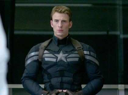 Chris Evans diz que Capitão América provavelmente é virgem