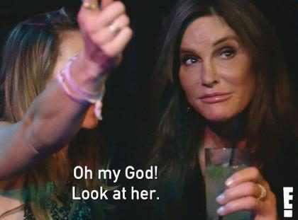 Candis Cayne quer saber se Caitlyn Jenner se sente atraída por homens ou mulheres
