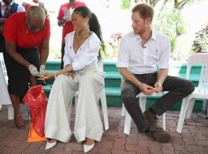 Rihanna e Príncipe Harry fazem teste de HIV
