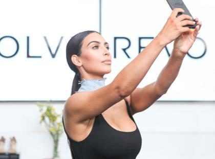 Kim Kardashian fijó los 3 mandamientos que hay que seguir a la hora de tomarse una selfie ¡Conócelos! (+ Fotos)
