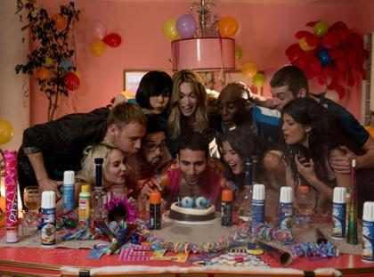 Sense8 ganha vídeo com bastidores do especial de encerramento