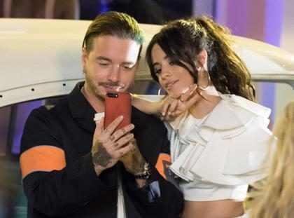 Camila Cabello grava clipe sexy com Pitbull e J Balvin