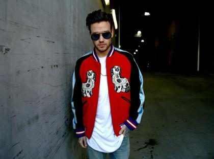 Liam Payne divulga capa de seu primeiro single solo, Strip That Down