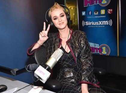 Katy Perry está dispuesta a todo con tal de hacer las paces con Taylor Swift