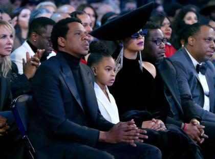 Blue Ivy pede para Beyoncé e Jay-Z se acalmarem durante Grammy 2018 e viraliza na internet