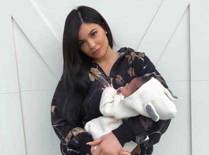 Kylie Jenner revela que ganhou 18 quilos na gravidez