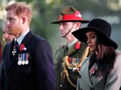 Meghan Markle se emociona ao comparecer no Anzac Day com Príncipe Harry