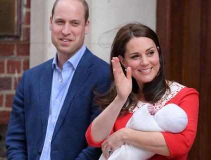Terceiro filho de Kate Middleton faz primeira aparição pública