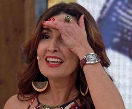 Fátima Bernardes é surpreendida por Marcelo Adnet com rap sobre a sua solteirice