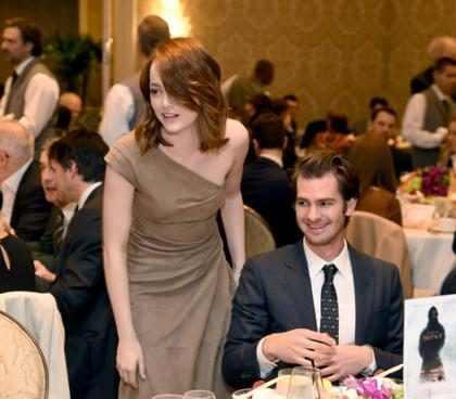 WOW! Mira la épica reacción de Andrew Garfield ante el triunfo de Emma Stone en los Oscars (Video + Fotos)