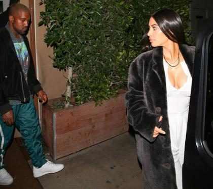Kim Kardashian e Kanye West são vistos juntos em público depois de meses