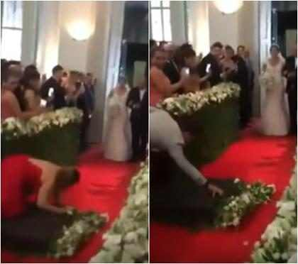 Convidada de casamento cai na passarela ao filmar entrada da noiva