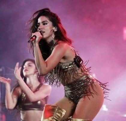 Anitta manda indireta para influenciadores que pedem ingressos de graça