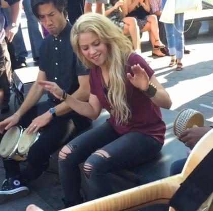 Shakira sorprendió a todos con un show improvisado en un parque ¡Mírala!