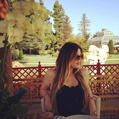 Khloé Kardashian agradece apoio de fãs
