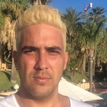 André Marques muda o visual e fica loiro