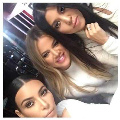 Inspire-se nos looks das Kardashians para a chegada do outono