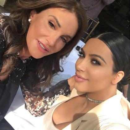 Kim Kardashian espera ter um bom relacionamento com Caitlyn Jenner novamente