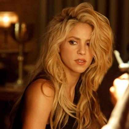 OMG! ¿El nuevo videoclip de Shakira es una copia de Rihanna? (Foto + Videos)