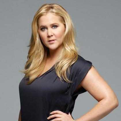 Amy Schumer deve interpretar Barbie em filme live-action