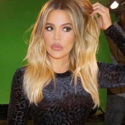 Khloé Kardashian sorprendió a muchos al salir sin pantalones ¡Mírala!