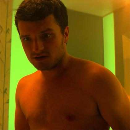 Josh Hutcherson aparece completamente sem roupa em nova série