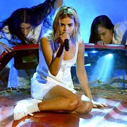 Selena Gómez recibe una lluvia de críticas por su actuación en los American Music Awards