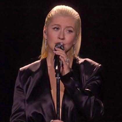 Christina Aguilera revela que seu novo álbum está a caminho