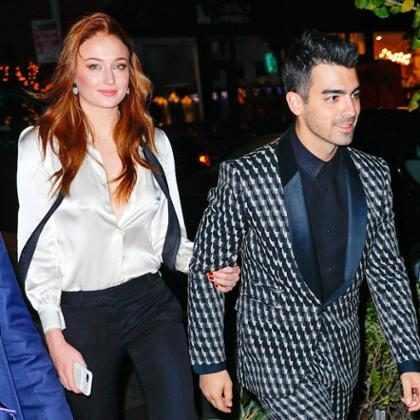 Joe Jonas e Sophie Turner curtem férias em resort com diária de R$ 146 mil