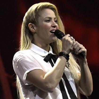 Shakira adia turnê El Dorado devido à hemorragia nas cordas vocais