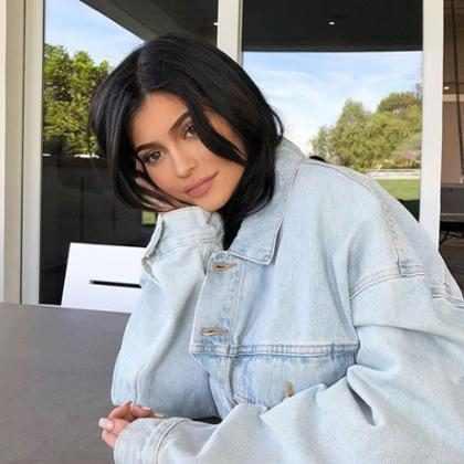 Kylie Jenner presentó una línea de maquillaje inspirada en Stormi