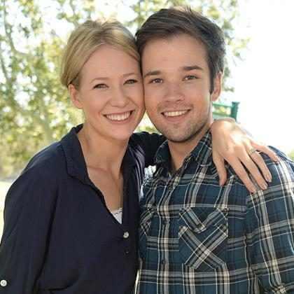 Nathan Kress, de iCarly, e sua esposa esperam primeiro filho