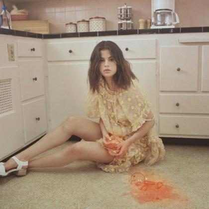 Selena Gomez explic&oacute; su extra&ntilde;a y voraz actuaci&oacute;n en <em>Fetish</em>&#8230;