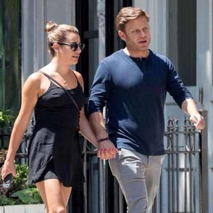 Lea Michele é vista de mãos dadas com novo namorado