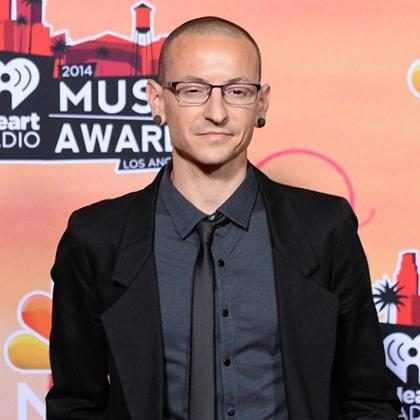 Causa da morte de Chester Bennington é confirmada por legista