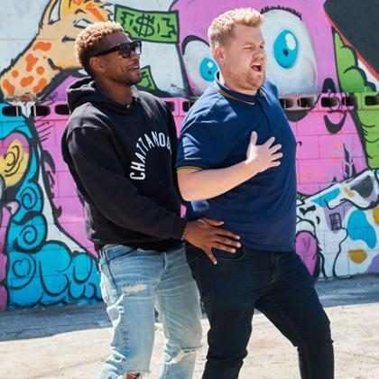 Usher ensina sua famosa dança para James Corden em karaokê no carro