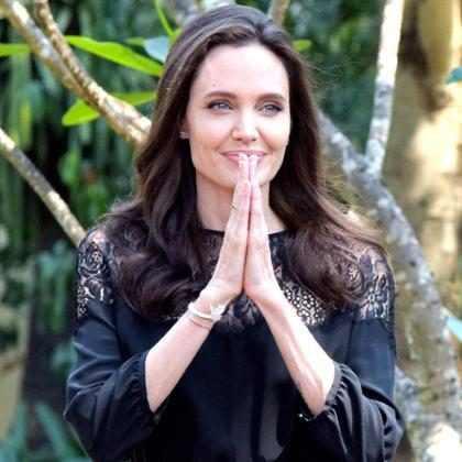 Angelina Jolie nega exploração infantil durante as audições do seu filme