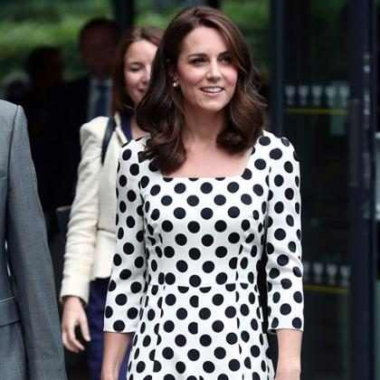 Kate Middleton aparece com os cabelos mais curtos em Wimbledon