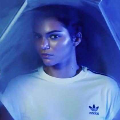 Kendall Jenner entra al mundo de la ciencia ficción en este nuevo comercial ¡Míralo!
