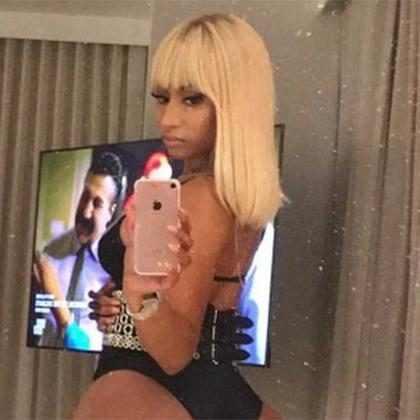 Nicki Minaj impressiona seguidores com tamanho do bumbum no Instagram