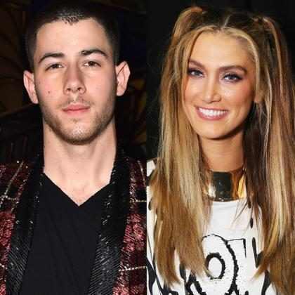 Nick Jonas brinca com looks iguais ao reencontrar ex-namorada, Delta Goodrem