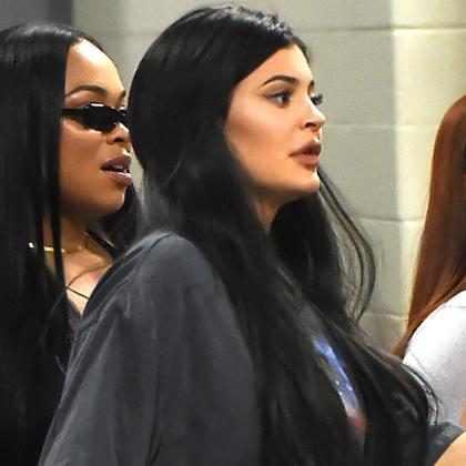 Kylie Jenner e Travis Scott curtem festival em meio a rumores de gravidez