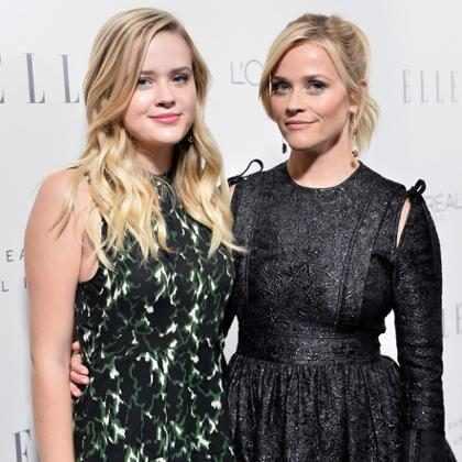 Reese Witherspoon conta que sofreu assédio sexual de diretor aos 16 anos